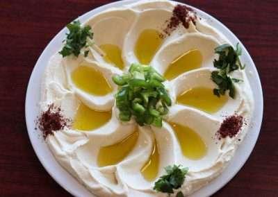 Hummus with Lamb Megalgal